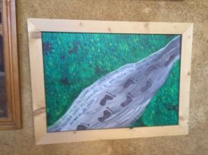 Art at Albergue San Miguel - footprints